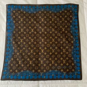 Louis Vuitton x Yayoi Kusama scarf